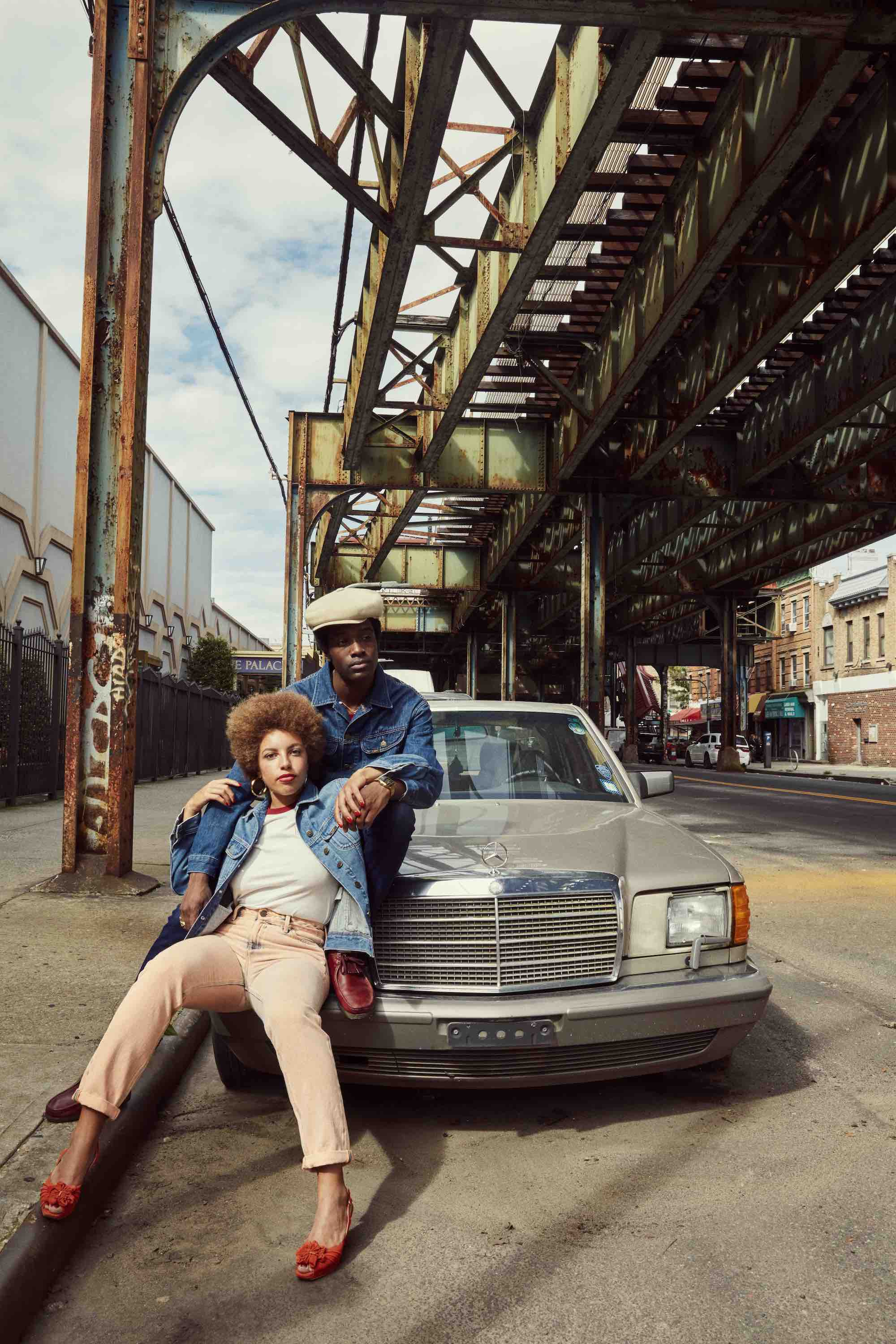 Lee Jeans SS19 campaign couple on car