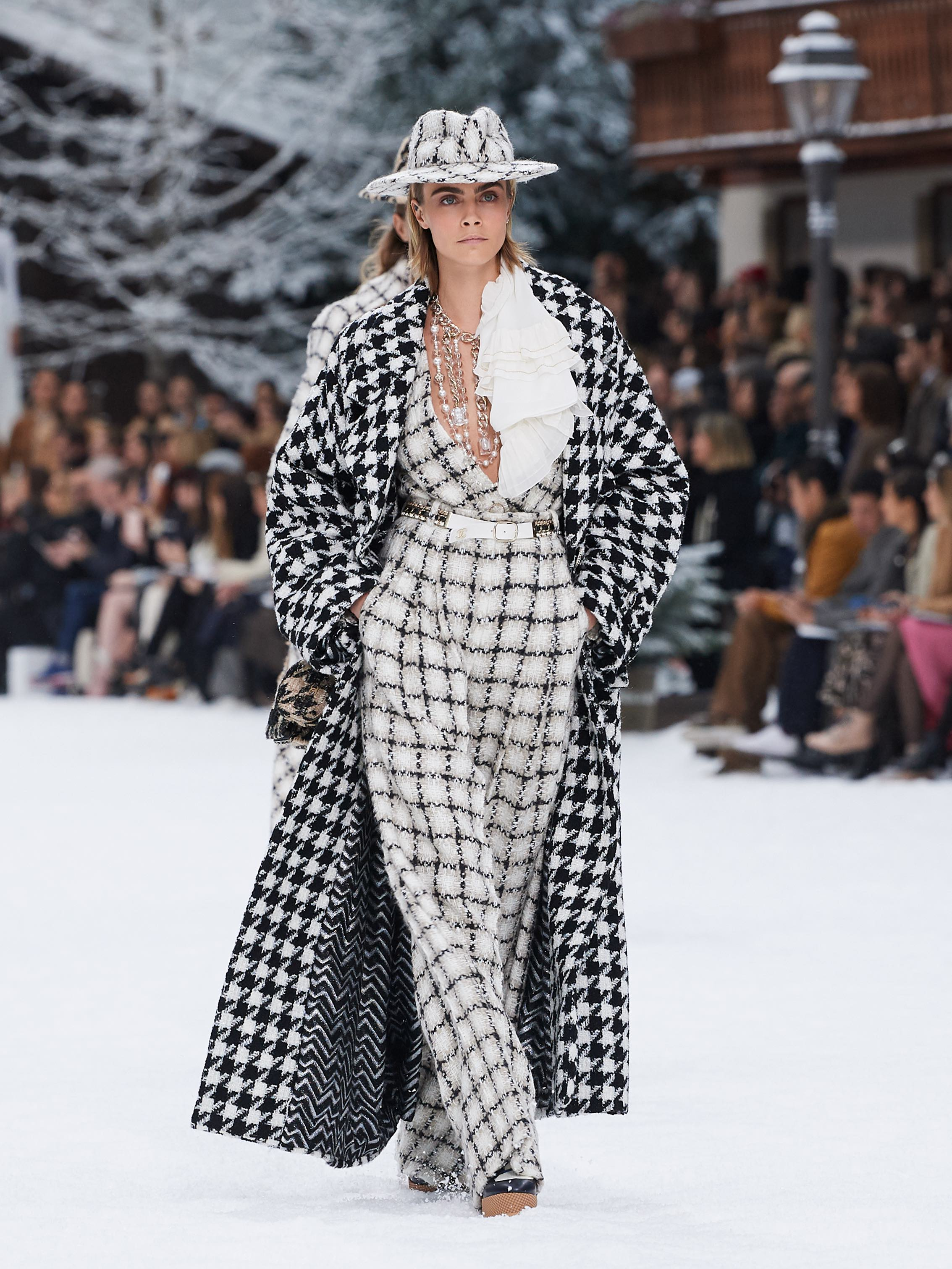 Chanel AW19 Paris Fashion Week show Cara Delevingne