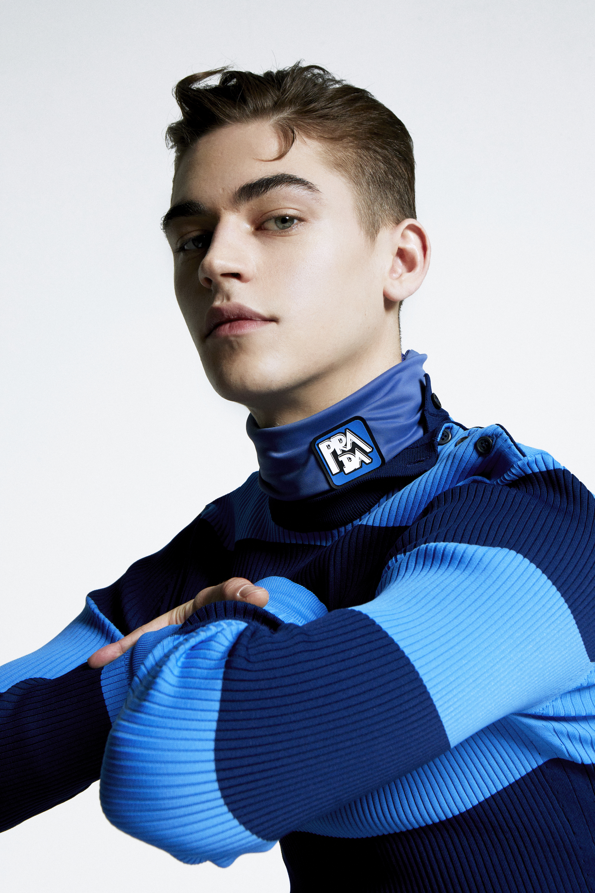 Hero Fiennes Tiffin in the Spring 19 issue of Wonderland in blue scuba top