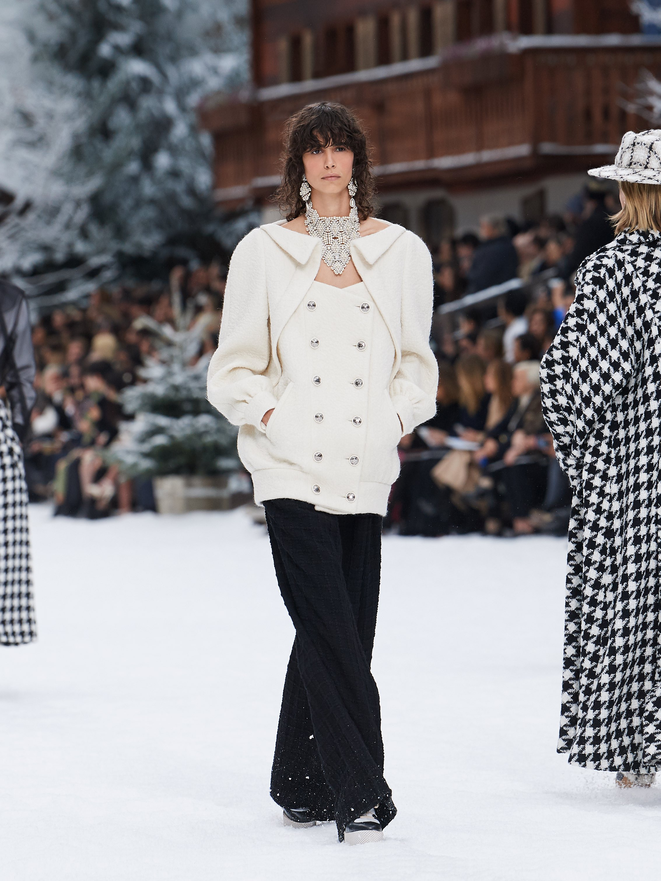 Chanel AW19 Paris Fashion Week show white top