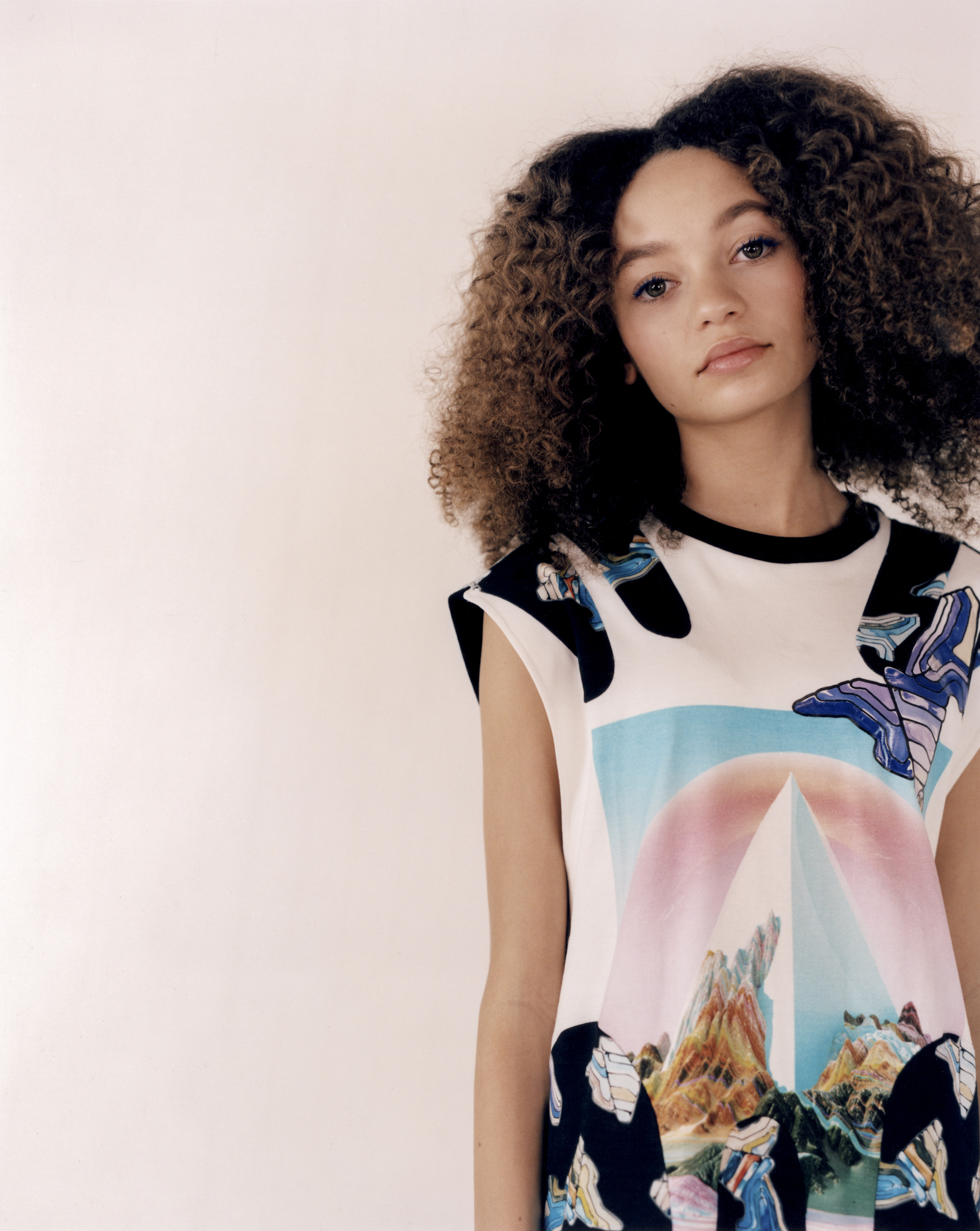 Thandie Newton's daughter Nico Parker, star of Dumbo in Wonderland's Spring 19 issue in graphic dress