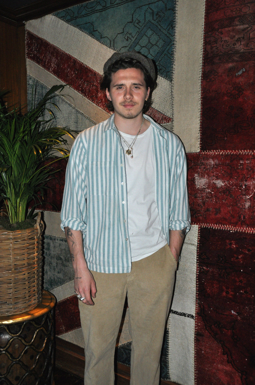 Man About Town Dinner Novikov Brooklyn Beckham Hana Cross