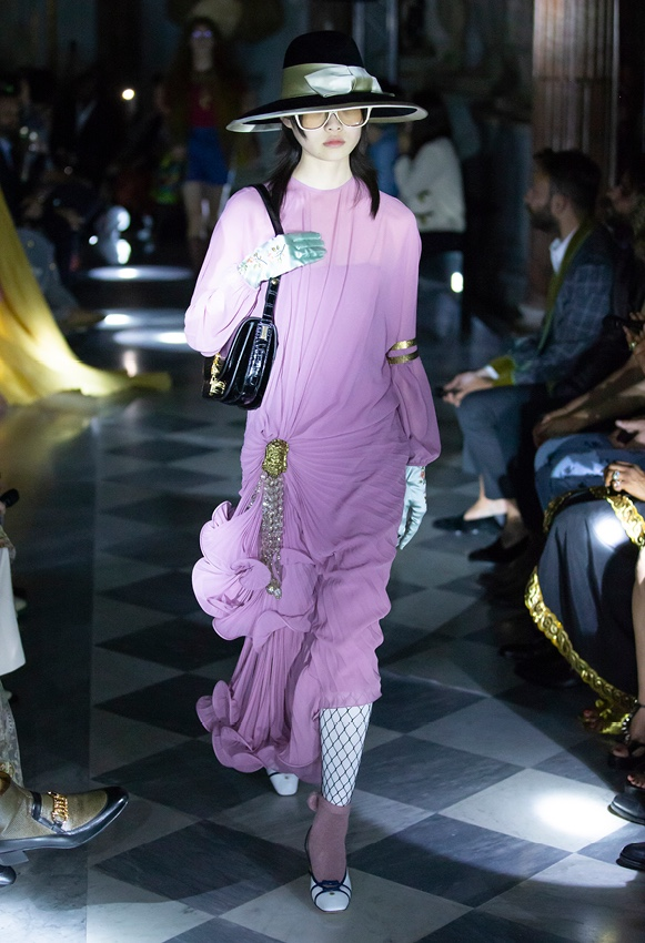 gucci violet dress cruise 2020