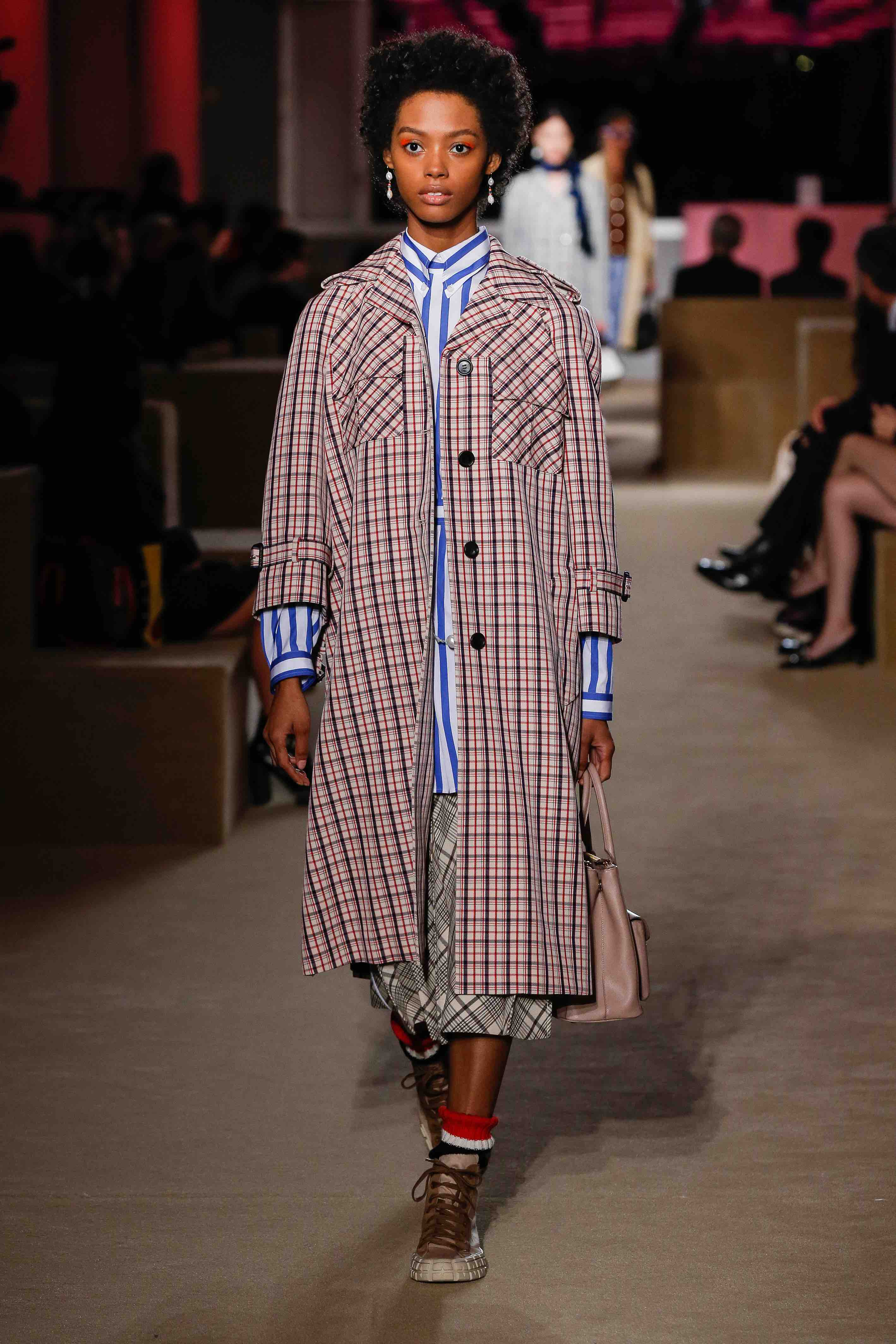prada resort 2020 checked coat