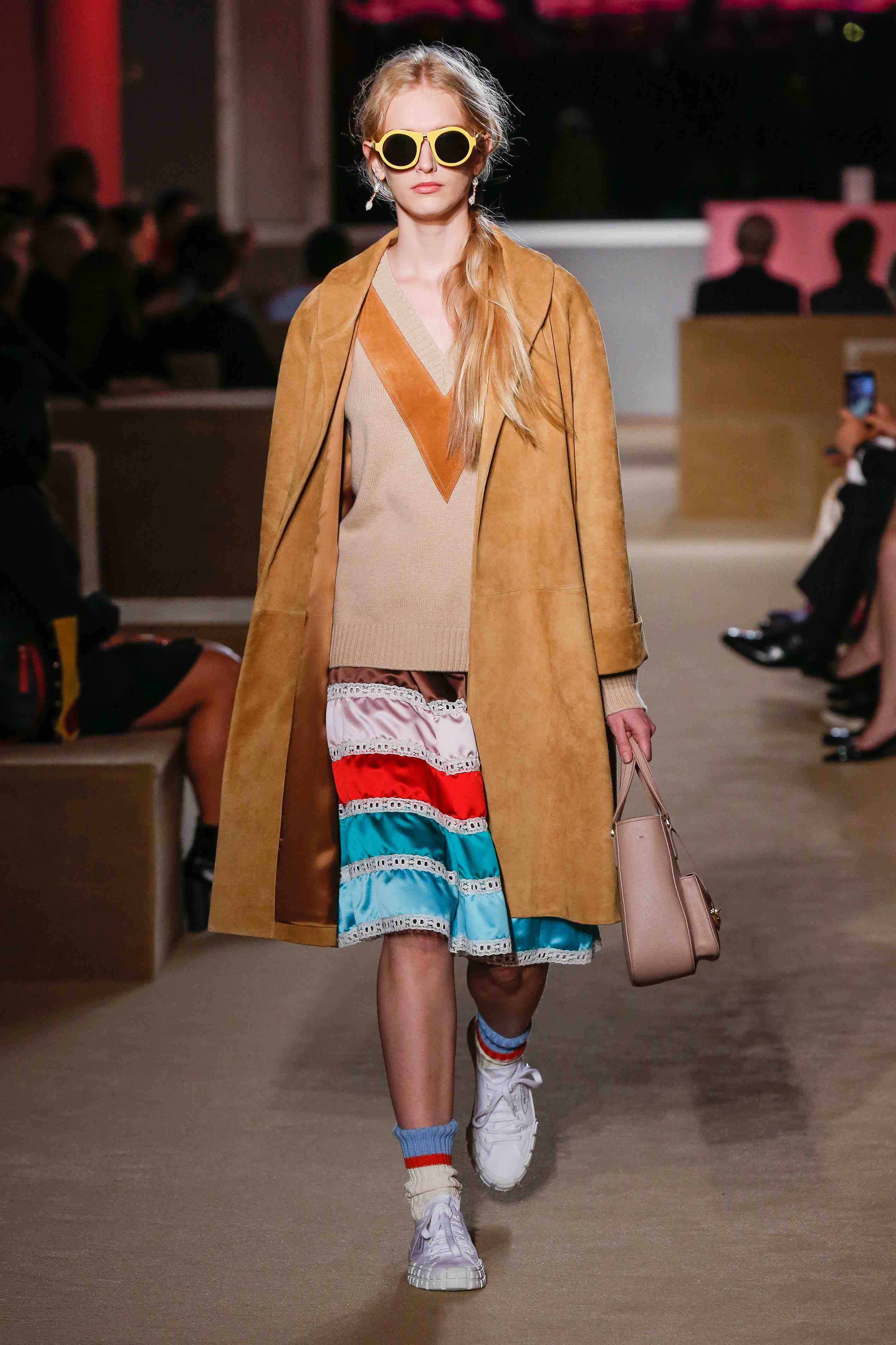 prada resort 2020 show camel coat
