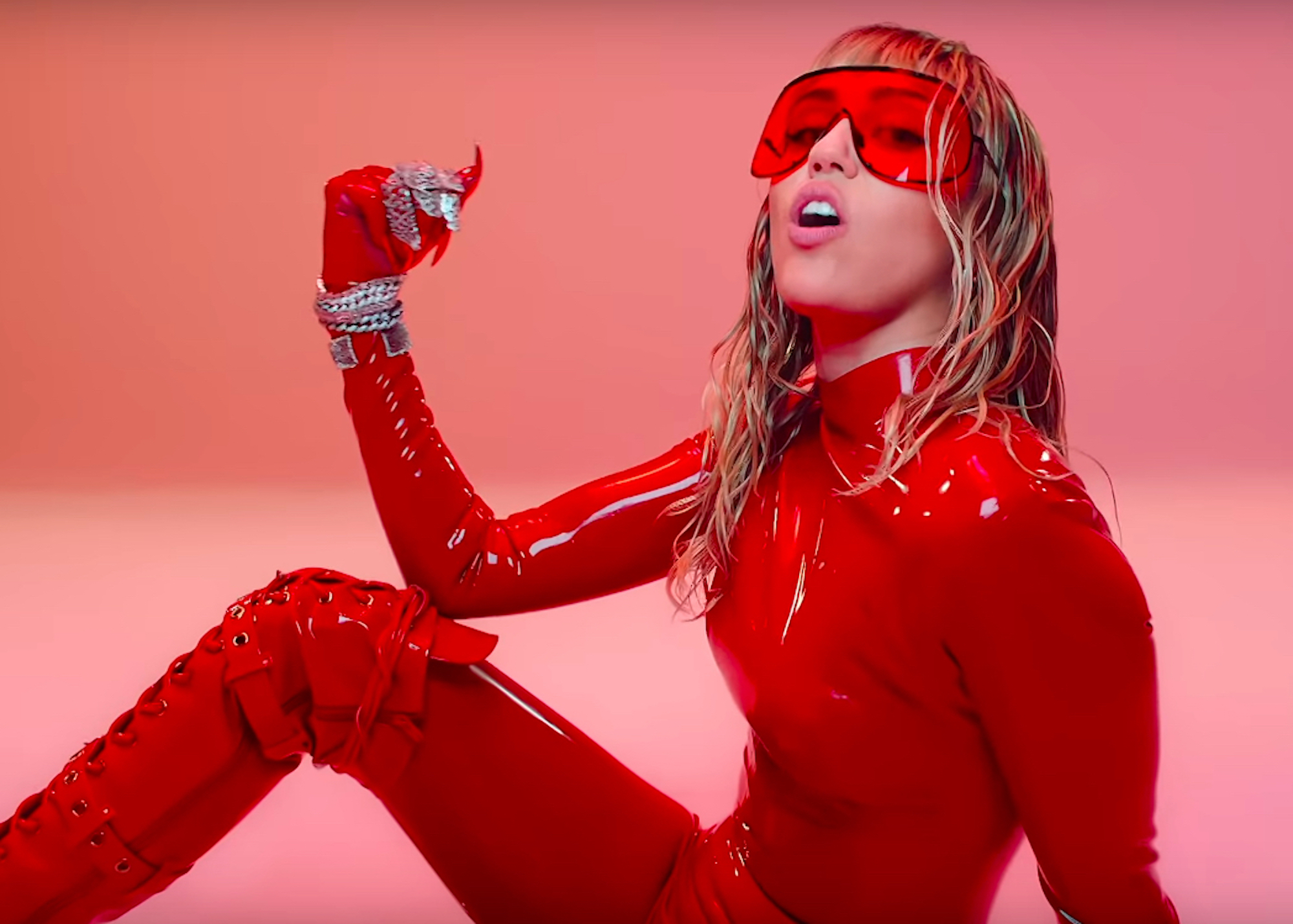 Mother's Daughter music video with Miley Cyrus in pink latex