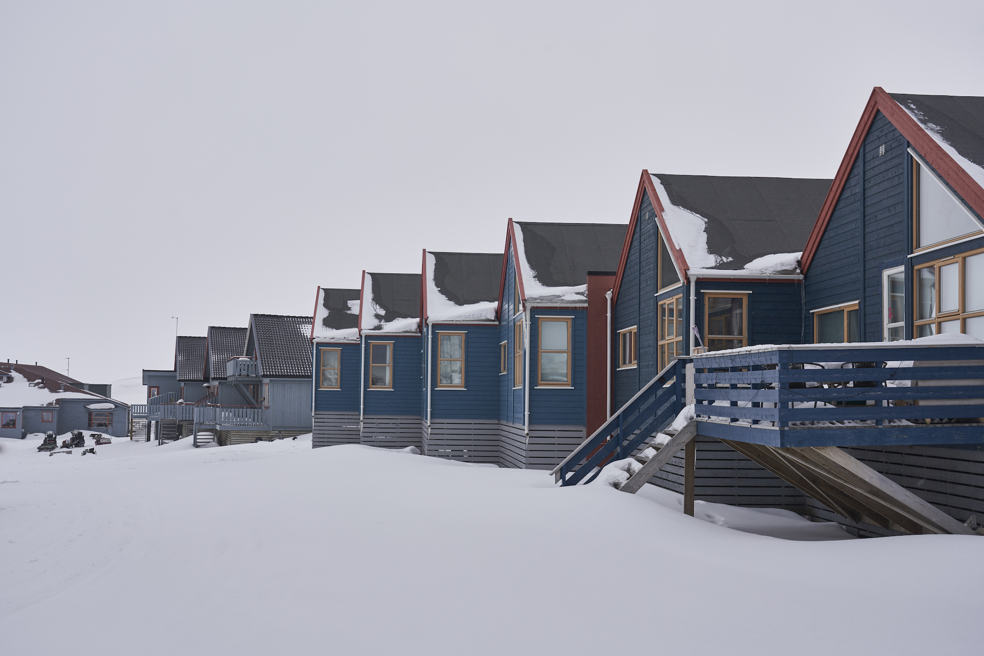 Wonderland Parajumpers stories Svalbard Norway houses