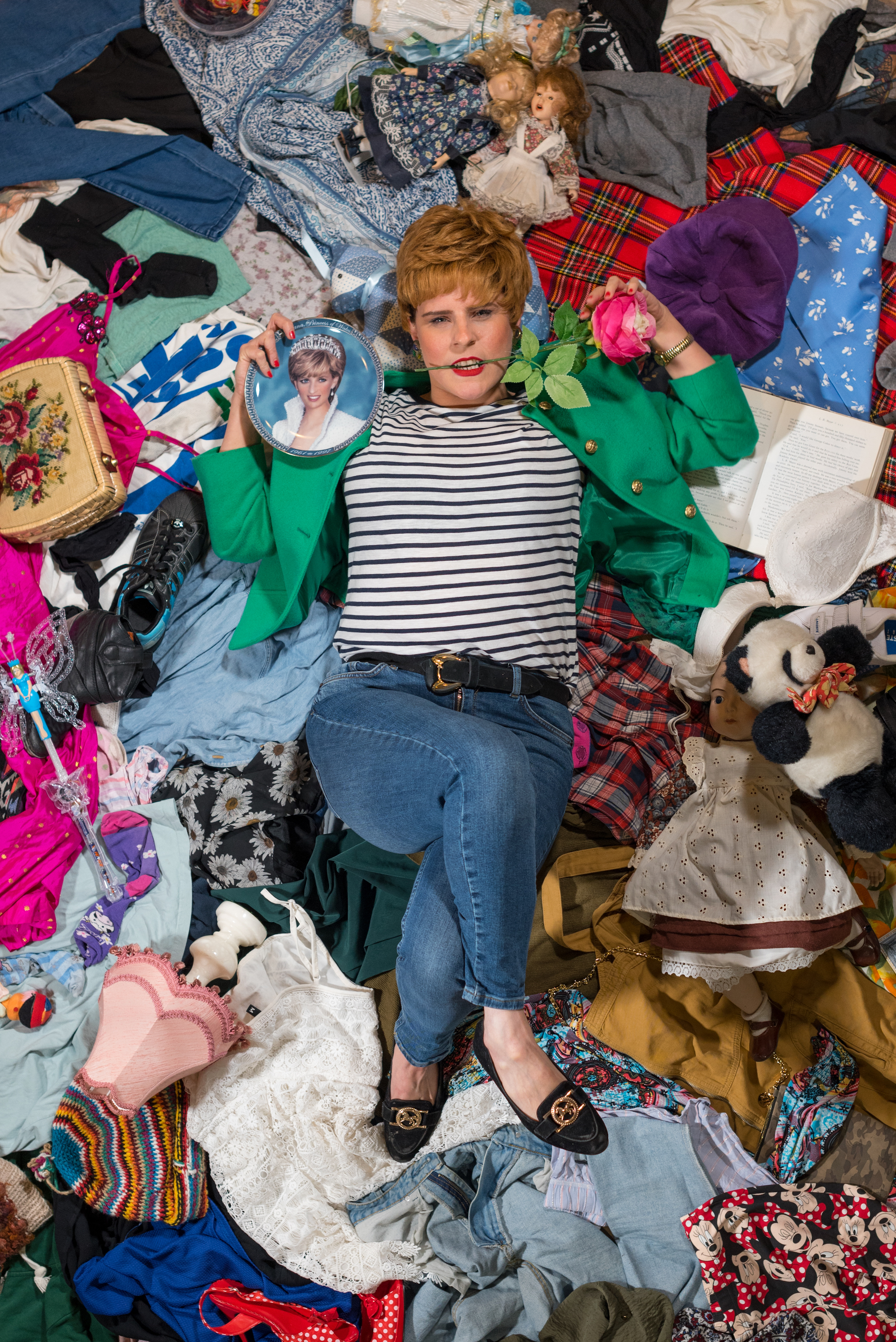 Celebrity Charity: Charity Shop Sue Bric And Brac Lady Di Tom Morley