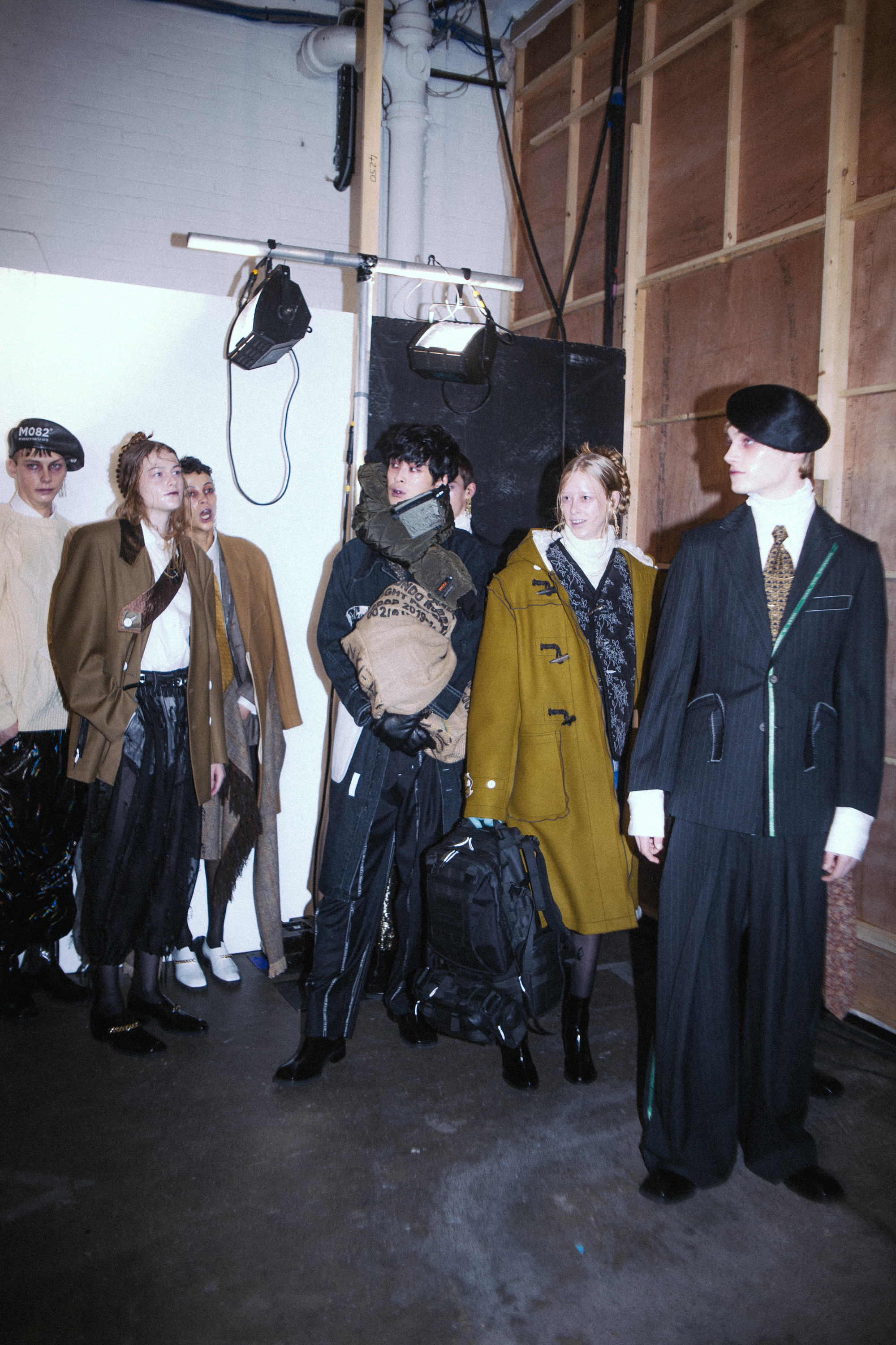 MUNN AW20 LFWM Jade Berry Group Olive