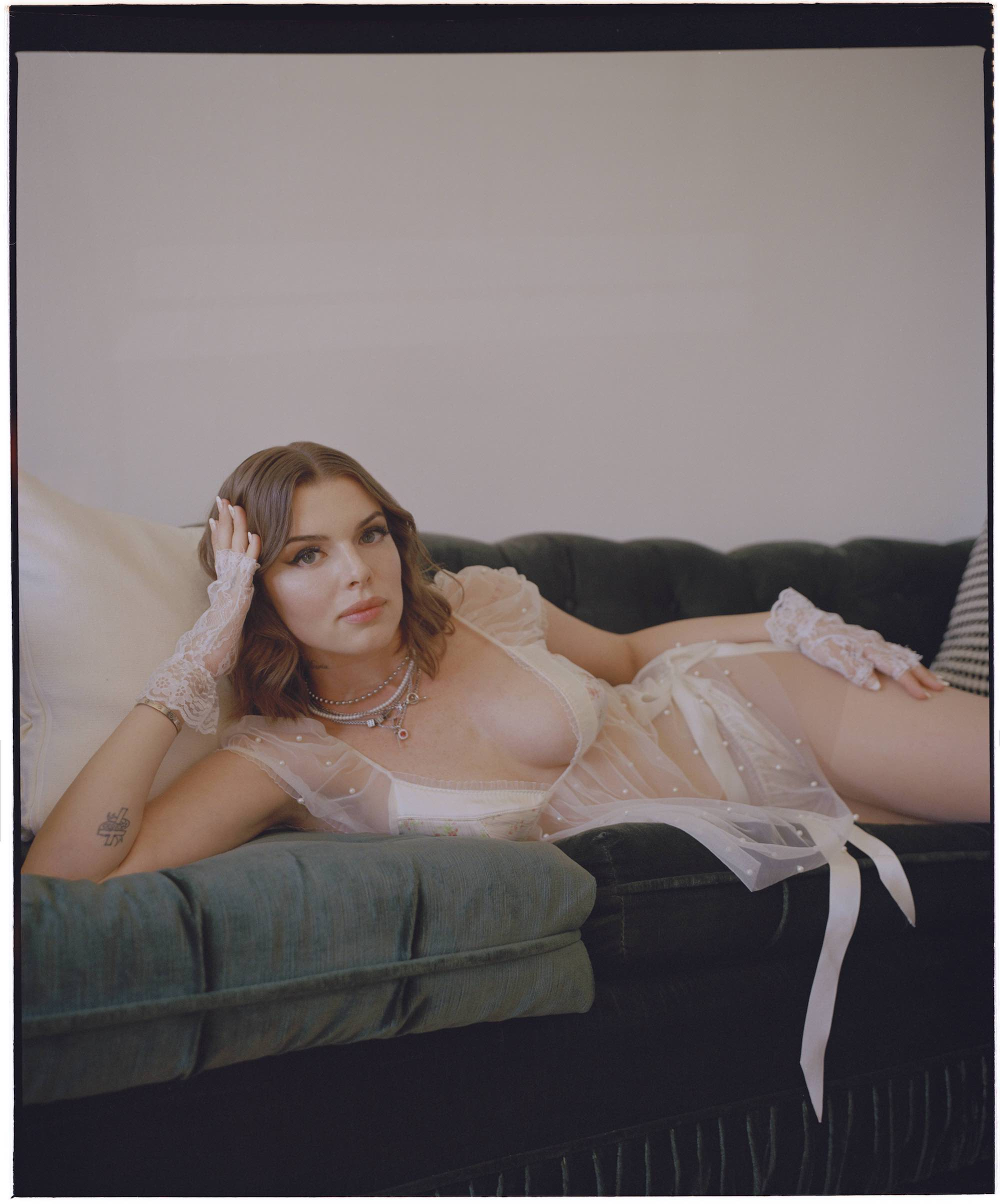 j Julia Fox in A24's Uncut Gems for the Winter issue of Wonderland lingerie