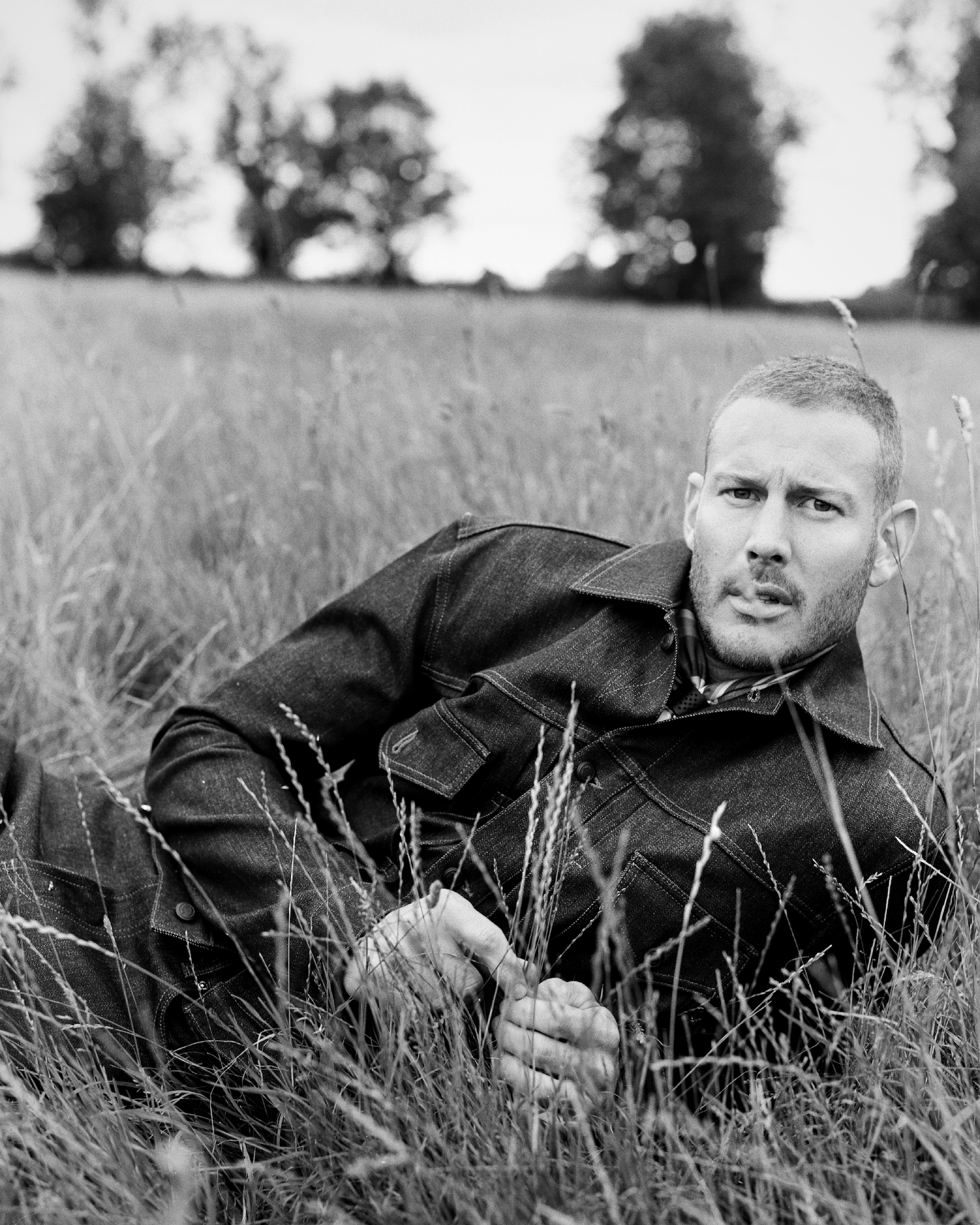 Tom Hopper for Man About Town black and white long grass