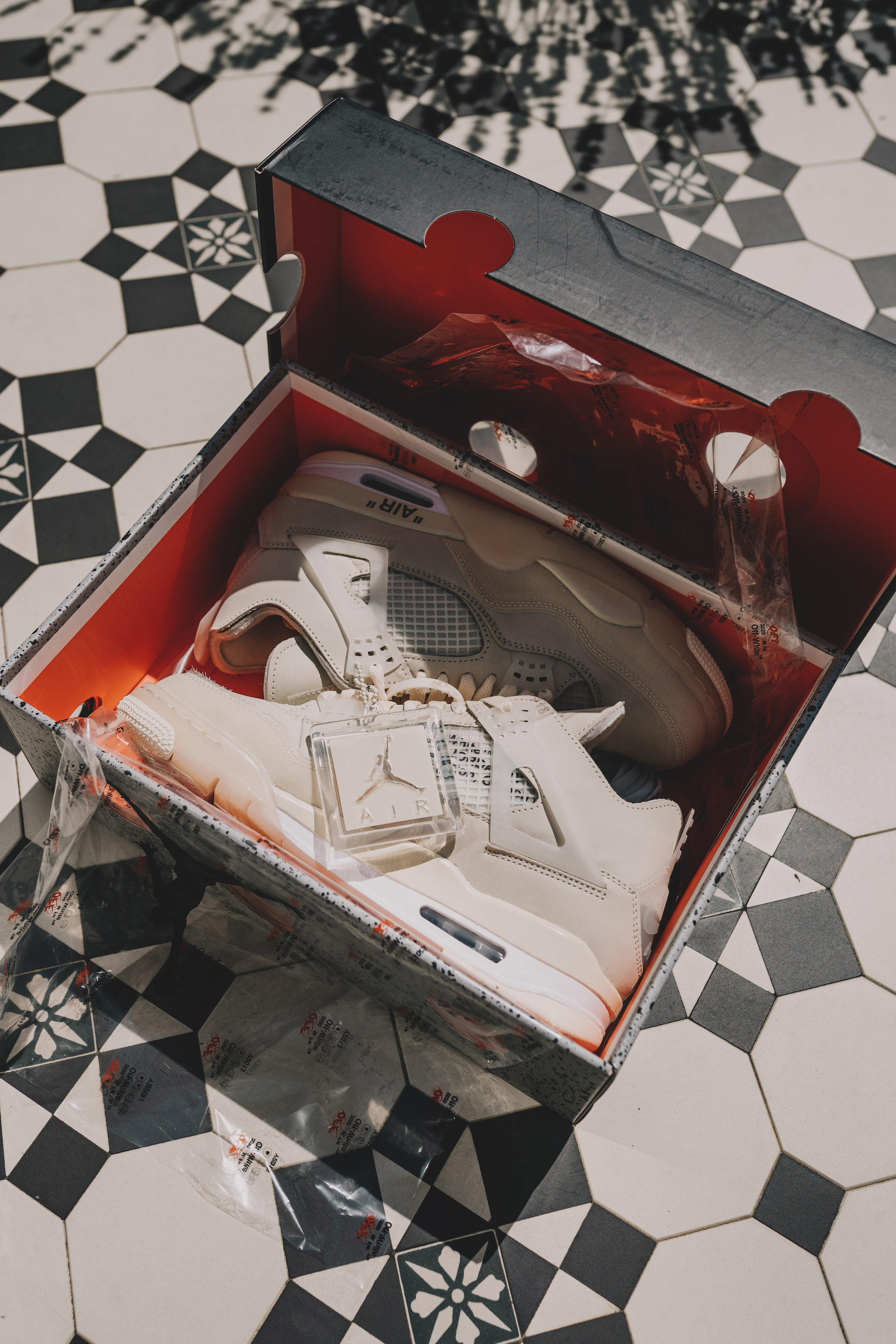 Burlington Arcade x Kick Game Jordans box