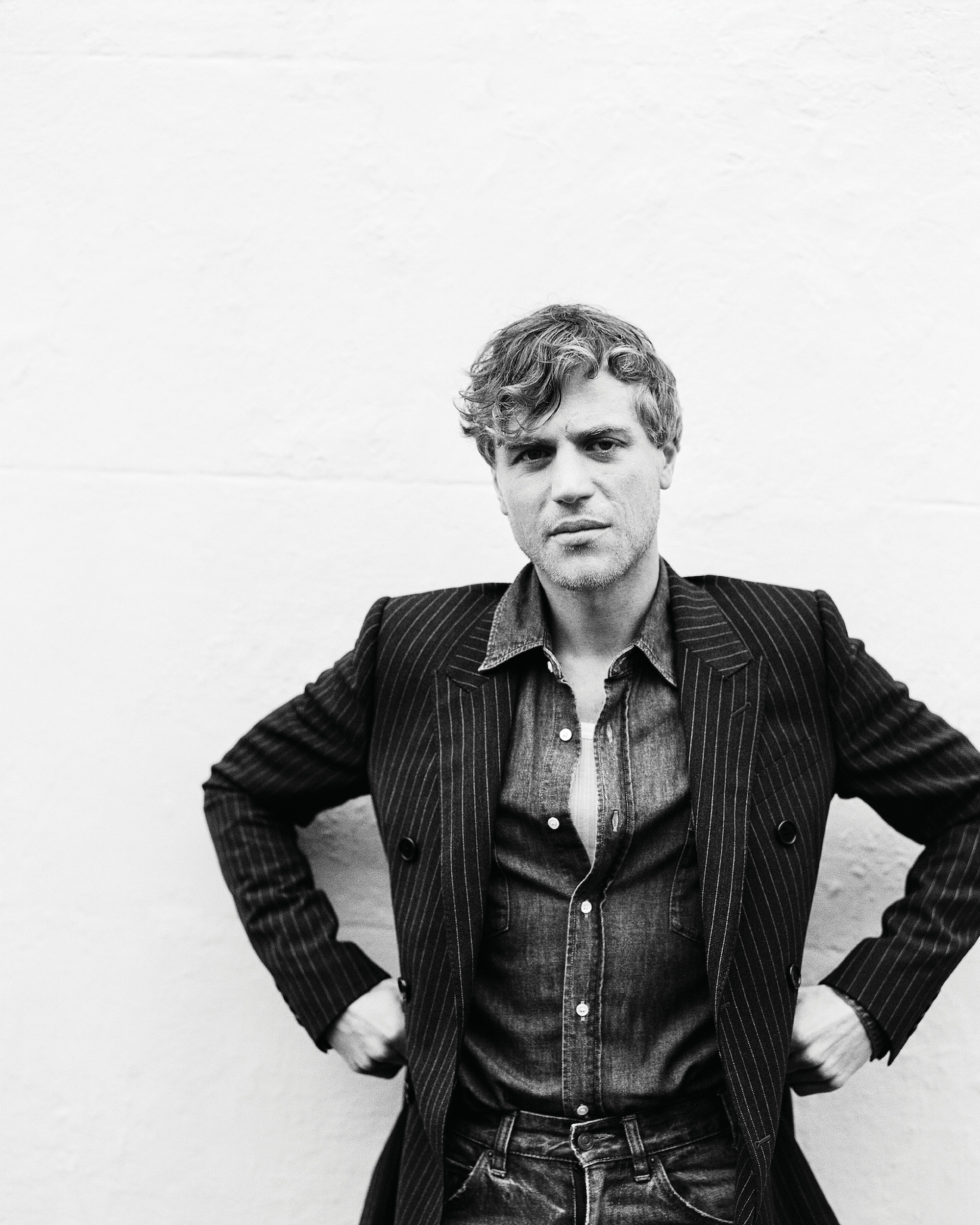 Johnny Flynn interviewed for Man About Town: 2020, Chapter I blazer