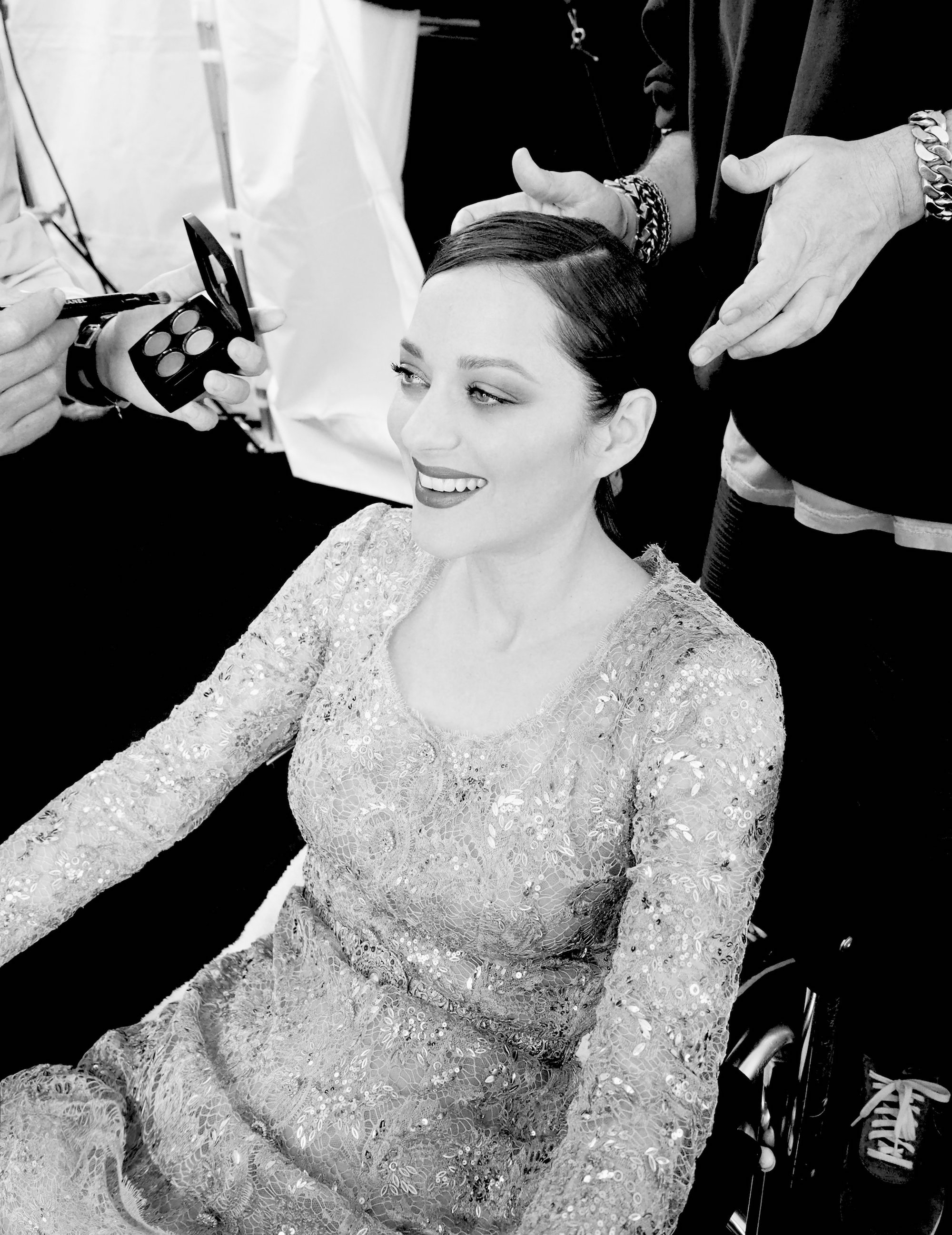 Marion Cotillard for Chanel No 5 black and white beauty