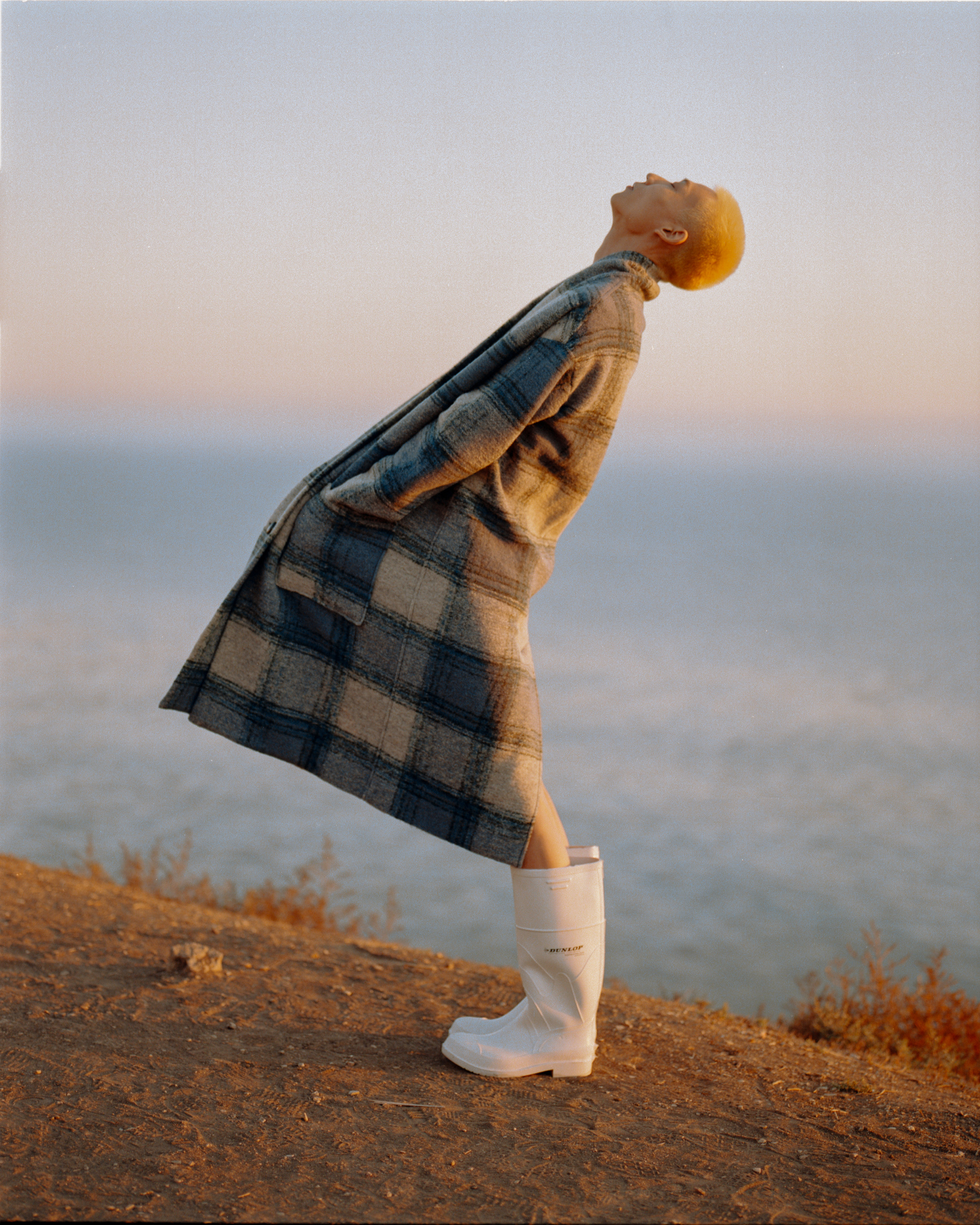 Like The Wind Men's Fashion Editorial check coat side