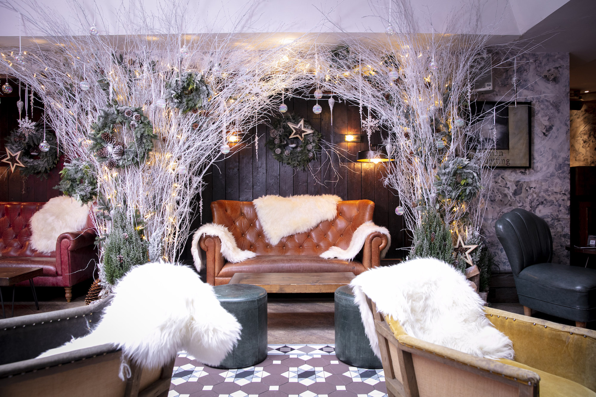 100 Wardour Street Alpine lodge sofa