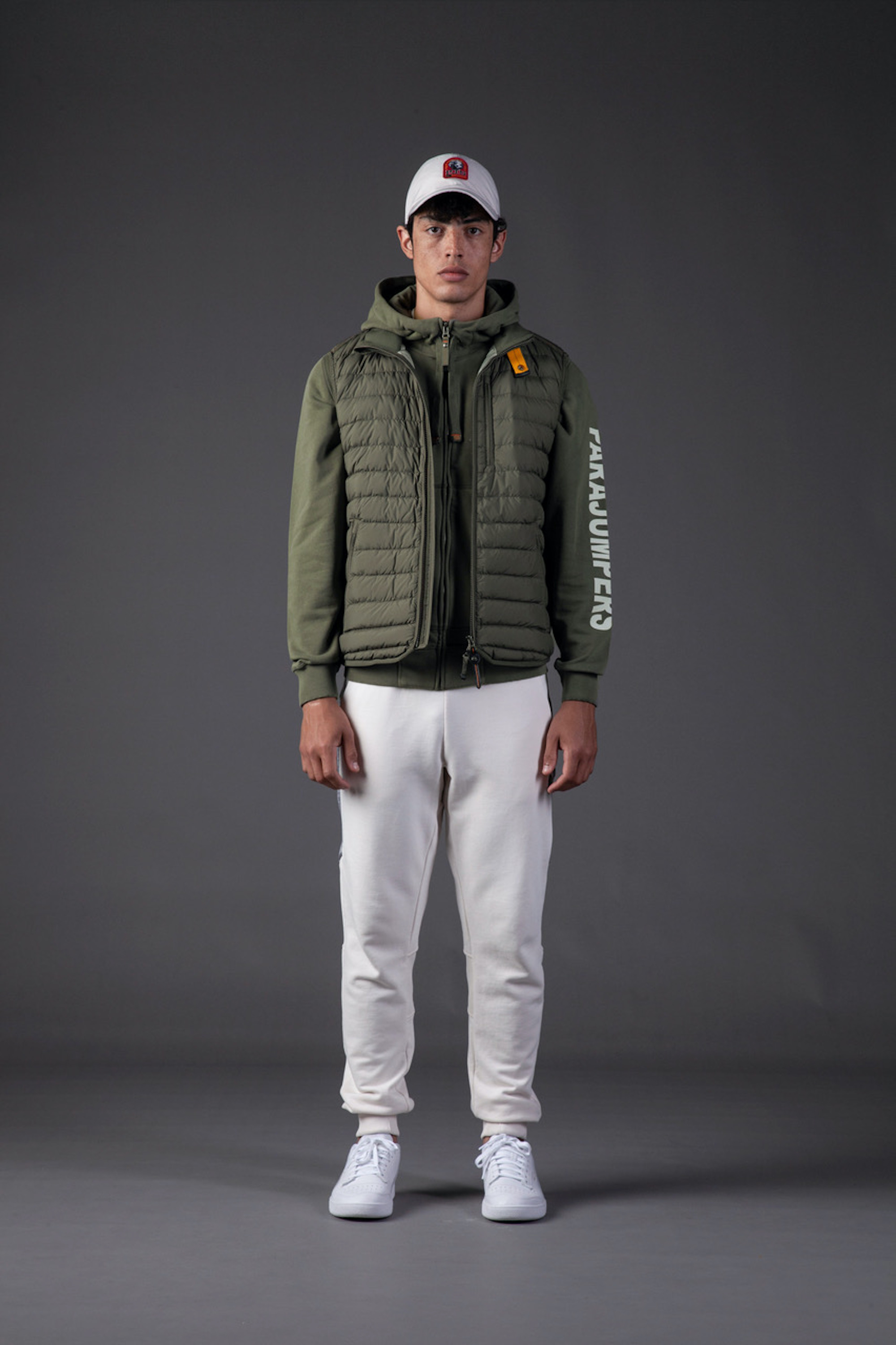 Parajumpers SS21 green jacket and white trousers