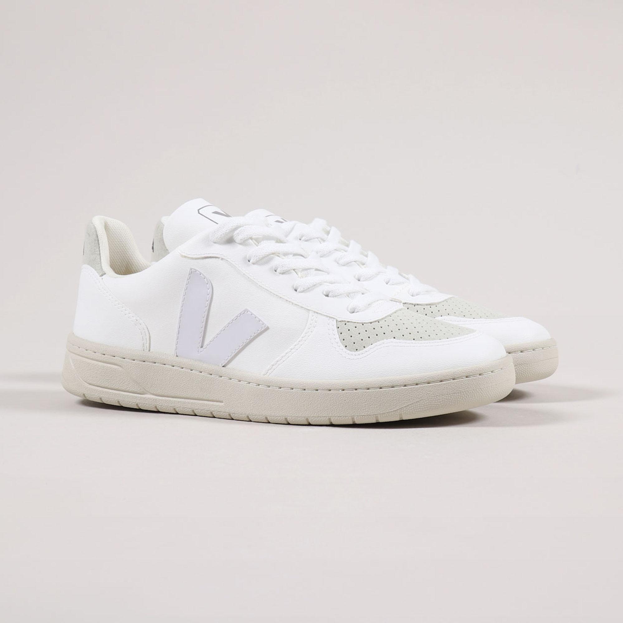 Veja V-10 CWL Shoe